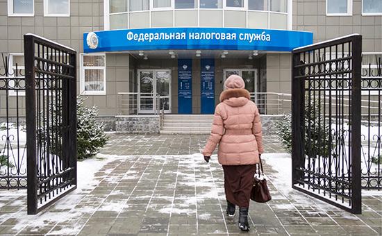 ФНС пообещала не списывать налоговые долги бизнесменов с их личных счетов