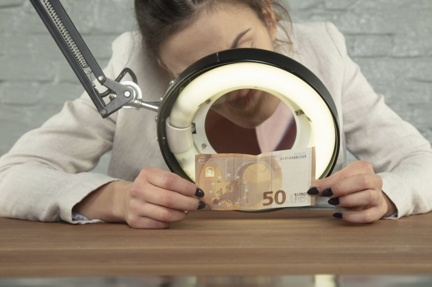 Как я могу проверить подлинность своих банкнот?