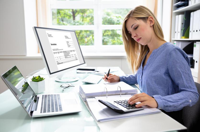 Почему стоит воспользоваться бухгалтерcкими услугами?