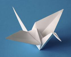 Журавль – не только птица оригами, но и символ мира