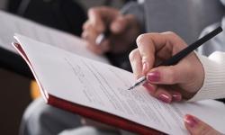 Министерство финансов опровергло свои ранние заявления, разрешив делать вычет страховых взносов из налогов всем ИП без исключени