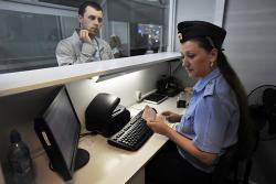 Индивидуальных предпринимателей снова пугают запретом на выезд из страны